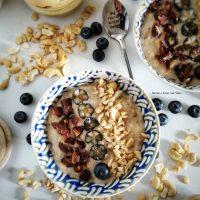 Porridge senza glutine ai datteri